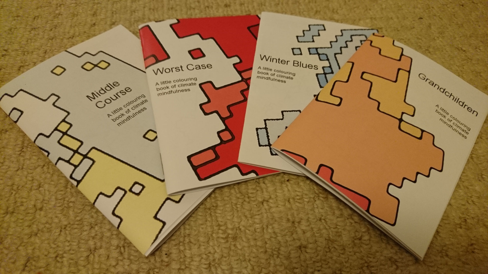 4 Little Colouring Books