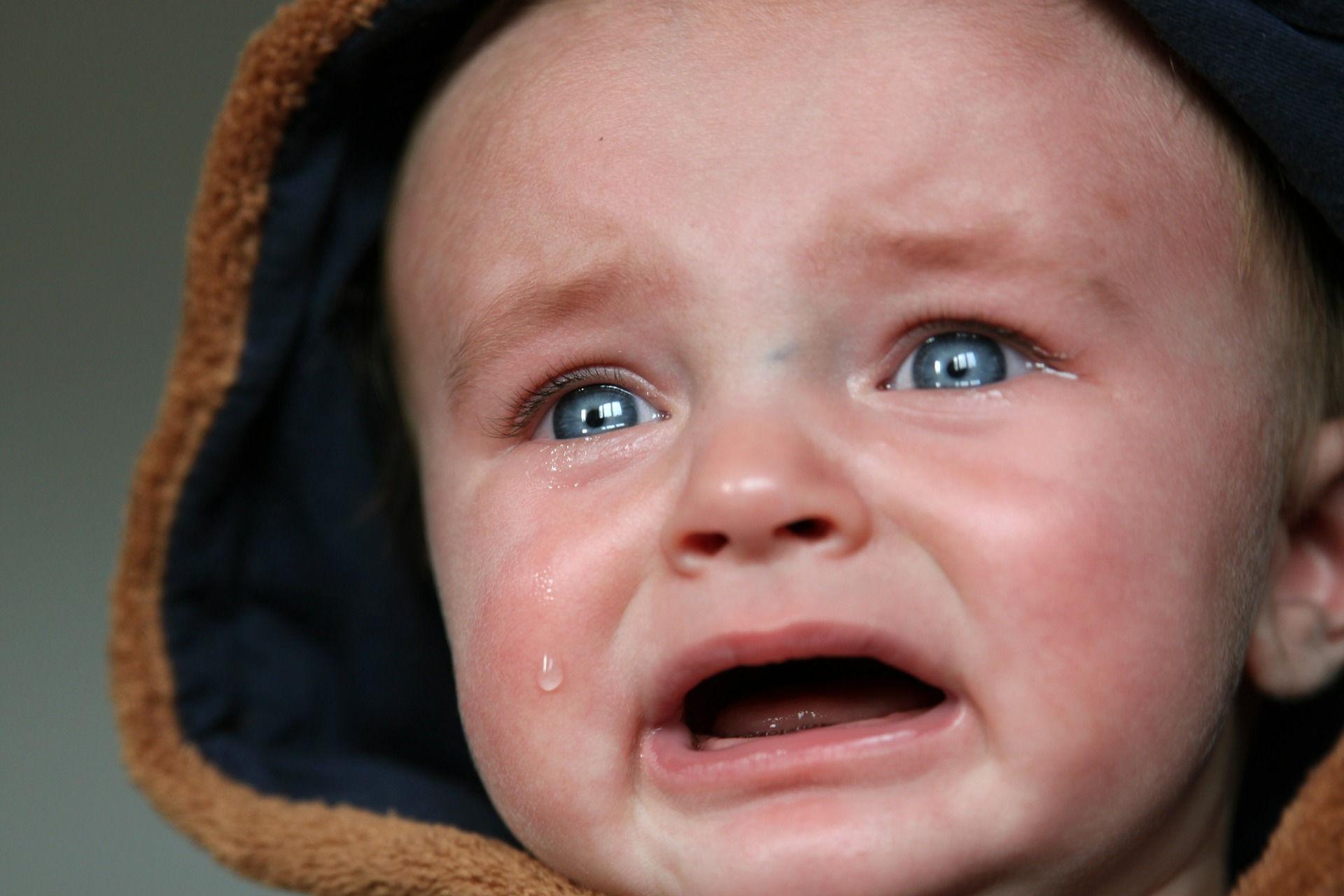 Baby crying. Photo credit: TaniaVdB on Pixabay.