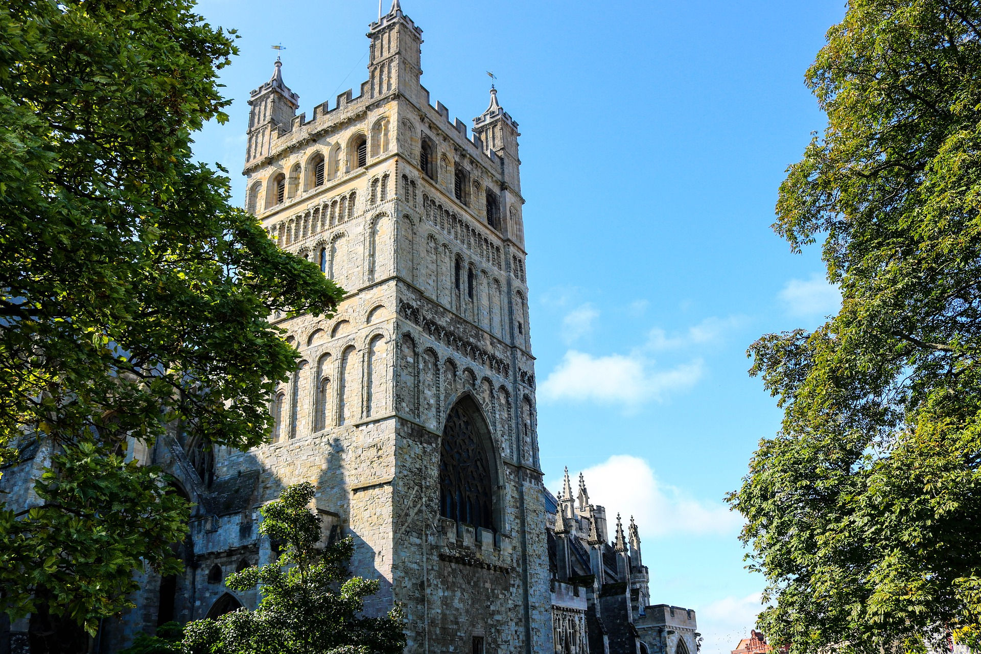 Exeter Cathedral. Image credit: PortiaJones on Pixabay.