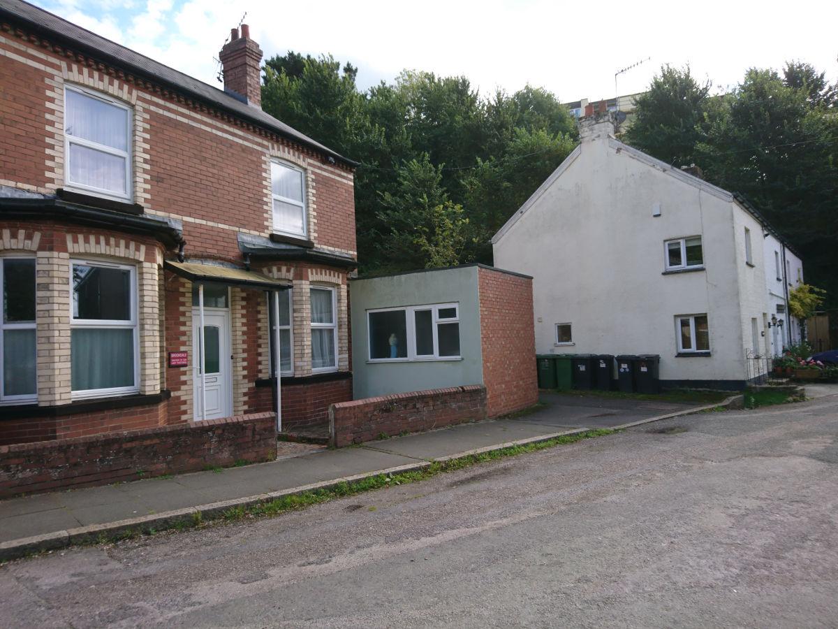 Brookdale and Brook Cottages at Heavitree Bridge