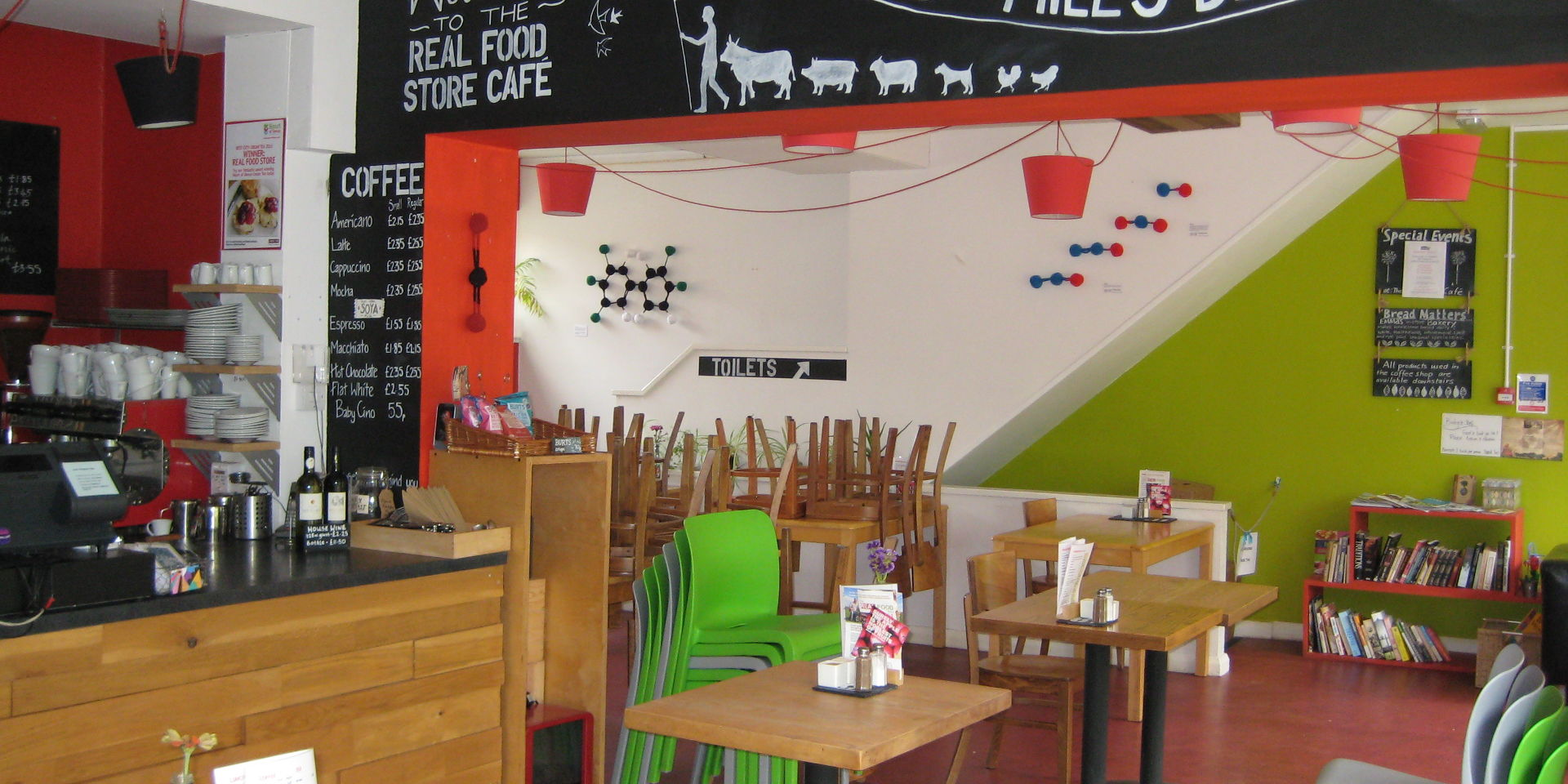 Can you spot CO2, a PCB, N2O, NO2 and NO on the walls of the Real Food Store Café?